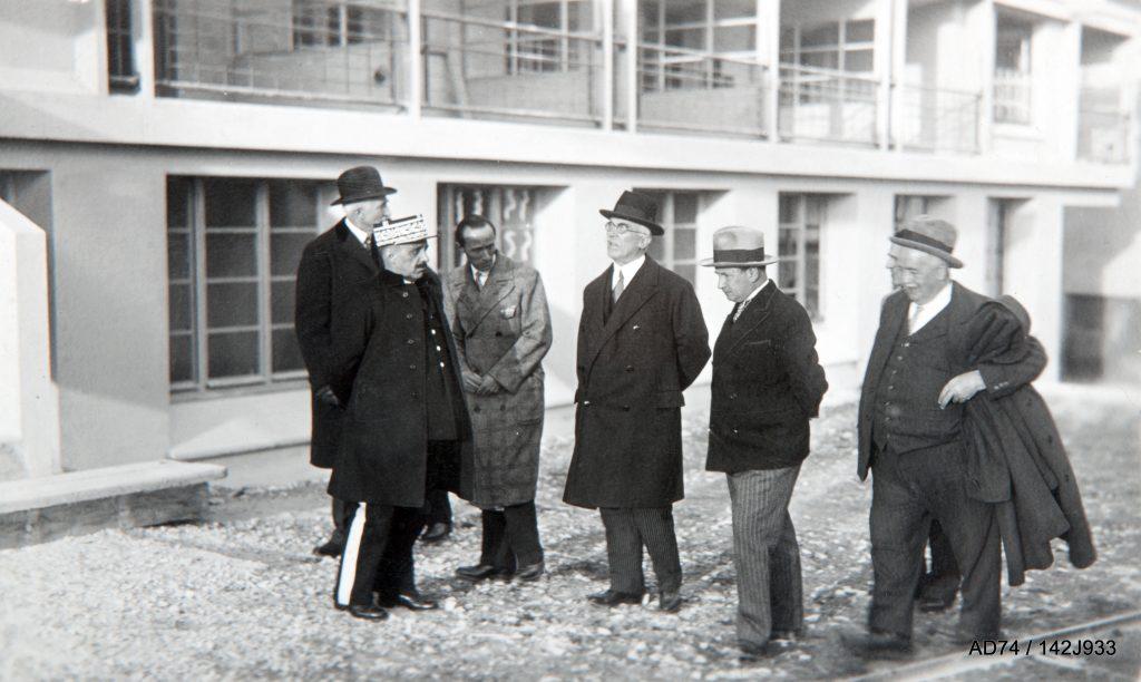 Au sanatorium Guébriant, 1932, de gauche à droite : Messieurs de Fontenay, Surchamp, Le Même, Godard, Abraham, Catella Passy (74)